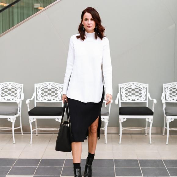Adolfo Dominguez Dresses & Skirts - Adolfo Dominguez black knit skirt